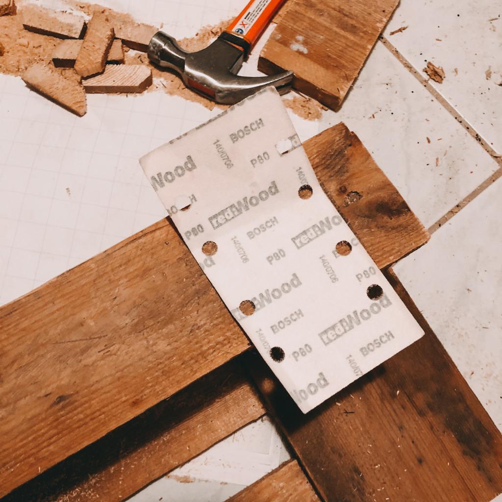 Schritt DIY Weinregal aus Paletten
